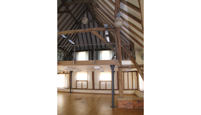 WEB 13444-Widbury Hill Barn 006